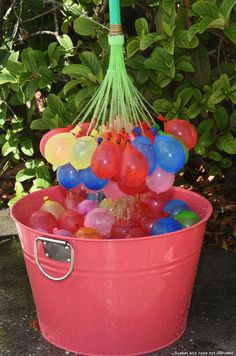 This is the mother load of all water balloon fillers! Fill up to 100 water balloons at ONE TIME. PLUS - the SELF seal! No tying!