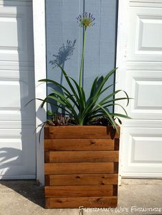 Fisherman's Wife Furniture: DIY Restoration Hardware Planter Tutorial
