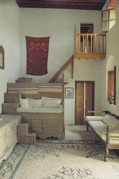 Introducing New Worlds With A Shrug: Insides: Greek Homes Part Deux - Amazing House Design Small Living, Living Spaces, Interior Architecture, Interior And Exterior, Hipster Apartment, Greek House, Home And Deco, Interior Design Inspiration, My Dream Home