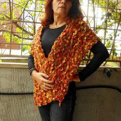 Stole - stola arancio,scialle a maglia ,lavorato a mano, - un prodotto unico di cosediisa su DaWanda