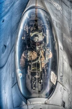 Ron Wagner's answer to Is there a distinction between a cockpit and a flight deck on an aircraft, or are the terms interchangeable? Jet Fighter Pilot, Air Fighter, Fighter Jets, Airplane Fighter, Fighter Aircraft, Military Jets, Military Aircraft, F 16 Cockpit, Photo Avion