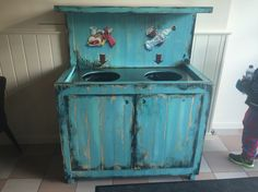 Trashcan , vuilbak , poubelle , handpainted , paint , decorations , recyclage