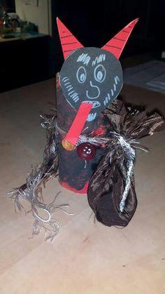 Čert San Antoni, Crafts For Kids, Xmas, Halloween, Decor, Devil, Classroom, Crafts For Children, Decoration