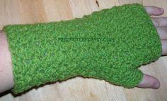 nCrafty Beaver: Wristwarmer free crochet pattern