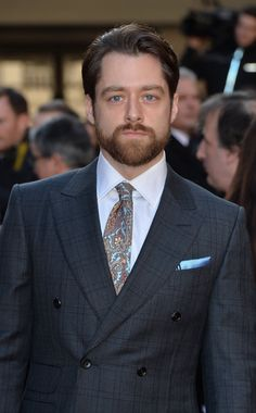 Hot Guys, Richard Rankin, London Photos, Well Dressed Men, Men Looks, Outlander, John Lewis, Mens Suits, Double Breasted