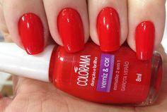 Esmalte 2 em 1, combina o brilho e a cor intensa e ainda é a cara do Verão que está chegando! Compre o seu em: www.lojadeesmaltes.com.br