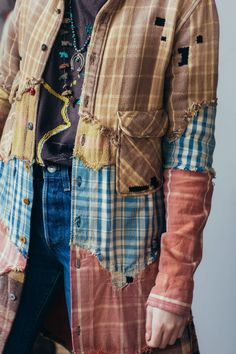 Hommage an die unbesungenen Helden Der Upsetter Homage to the unsung heroes of the Upsetter, Diy Clothing, Sewing Clothes, Remake Clothes, Redo Clothes, Sewing Men, Umgestaltete Shirts, Mens Flannel Shirt, Plaid Shirts, Flannels