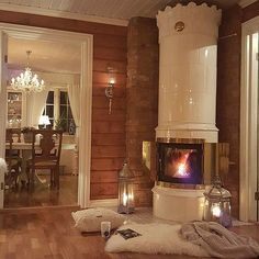 Sunny Country Home Living Room Home Interior Accessories, Home Interior Design, Swedish Decor, Lodge Style, Log Cabin Homes, Shabby Chic Bedrooms, Home Comforts, Beautiful Living Rooms, Loft