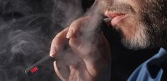 ¡Cuidado con los cigarrillos electrónicos!Descubren sustancias cancerosas  Identifican dos sustancias nocivas en el vapor de los cigarrillos electrónicos, cuya densidad depende más del tipo de dispositivo quedel líquido. Un estudio realizado por investigadores del Laboratorio Nacional Lawrence Berkeley ha puesto en duda [seguir leyendo…]  #cigarros #alerta #cáncerhttp://misvideosdesalud.com/2016/08/01/cuidado-con-los-cigarrillos-electronicos/