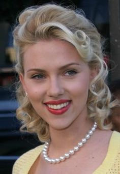 Matinee Length Pearl Necklace on Scarlett Johansson