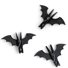 Bat Pegs: Image 01