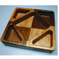 Create wood bowls and trays with a router and our Bowl and Tray template kits Diamond Template, Triangle Template, Router Woodworking, Woodworking Supplies, Woodworking Projects, Wood Tray, Wood Bowls, Cnc Router Plans, Workbench Plans