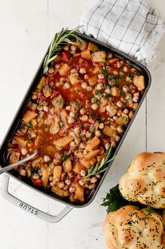 cozy braised chickpeas with squash — molly yeh Vegetarian Dinners, Vegetarian Recipes, Cooking Recipes, Healthy Recipes, Chickpea Recipes, Gf Recipes, Soups And Stews, Gastronomia, Bon Appetit