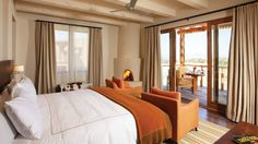 Wake up refreshed after a restful night in the desert at the Four Seasons Santa Fe.
