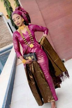 swimming pool Source by African Attire, African Wear, African Dress, African Party Dresses, African Fashion Dresses, Latest Ankara Short Gown, Black King And Queen, Short Gowns, Africa Fashion