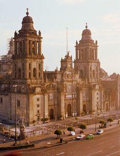 Metropolitan Cathedral in Mexico City_ Mexico
