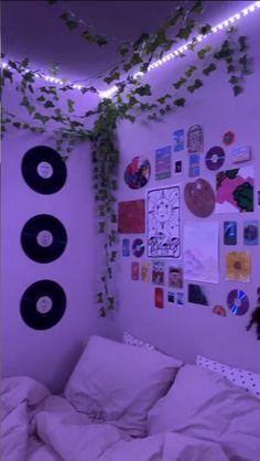 Indie Bedroom, Indie Room Decor, Cute Bedroom Decor, Teen Room Decor, Room Ideas Bedroom, Girls Bedroom, Bedrooms, Bedroom Inspo, Trendy Bedroom