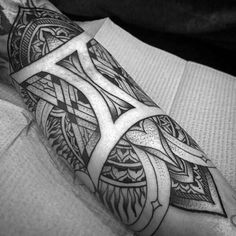 What does gemini tattoo mean? We have gemini tattoo ideas, designs, symbolism and we explain the meaning behind the tattoo. Gemini Zodiac Tattoos, Gemini Tattoo Designs, Tattoo Designs For Women, Gemini Sign Tattoo, Gemini Art, Astrology Tattoo, Twin Tattoos, Body Art Tattoos, Sleeve Tattoos