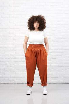 Get 'Alexa' Cotton High Waisted Trousers in Rust Orange today! Super comfy and versatile trousers from Lucy & Yak. Hipster Grunge, Grunge Style, Soft Grunge, Style Indie, Grunge Outfits, Curvy Outfits, Plus Size Outfits, Curvy Fashion, Plus Size Fashion