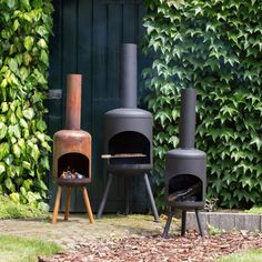 Verwarm je bij deze knusse kachels van RedFire als het buiten afkoelt #terrashaard #tuinhaard Diy Outdoor Kitchen, Outdoor Decor, Garden Crafts, Garden Ideas, Outdoor Living, Garden Design, Home And Garden, Patio, Building