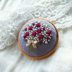 Supreme Best Stitches In Embroidery Ideas. Spectacular Best Stitches In Embroidery Ideas. Floral Embroidery Patterns, Learn Embroidery, Embroidery Needles, Hand Embroidery Stitches, Silk Ribbon Embroidery, Embroidery Jewelry, Crewel Embroidery, Hand Embroidery Designs, Embroidery Techniques