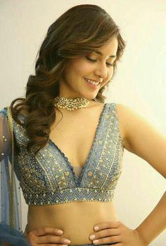 Beauty Fashion   1000 Choli Blouse Design, Stylish Blouse Design, Fancy Blouse Designs, Sari Blouse Designs, Blouse Patterns, Indian Designer Outfits, Bikinis, Jeans, Saree Blouse