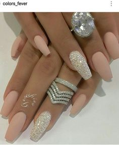 There are three kinds of fake nails which all come from the family of plastics. Acrylic nails are a liquid and powder mix. They are mixed in front of you and then they are brushed onto your nails and shaped. These nails are air dried. Bride Nails, Prom Nails, Fun Nails, Wedding Nails For Bride, Weding Nails, Natural Wedding Nails, Vegas Nails, Wedding Nails Design, Wedding Card