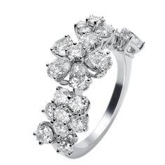 フォリ デ プレ リング - Van Cleef & Arpels(ヴァン クリーフ&アーペル)の婚約指輪(エンゲージメントリング)ヴァンクリーフアーペルの婚約指輪・エンゲージリングをまとめました!
