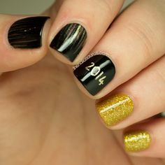The Nailasaurus | UK Nail Art Blog: New Year's Eve Nail Art