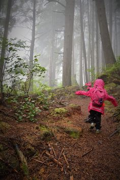 Backpacking the Juan de Fuca Trail with kids / Vancouver Island / Play Outside Guide Lake George Camping, Camping In North Carolina, Go Hiking, Camping World, Vancouver Island, Lake Tahoe, British Columbia, Backpacking, Country Roads