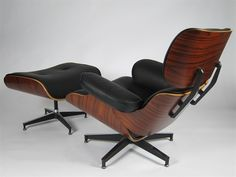 Molded Plywood Eaze Lounge Chair in Aniline Leather and Palisander Wood