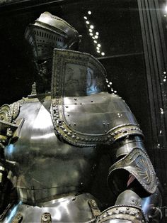 """The KD armor of Charles V . """"KD"""" stands for Karolus Divinos""""; armor made by Colman , century. Crusader Knight, Knight Armor, Costume Armour, Armours, Arm Armor, Medieval Armor, Crusaders, Dark Souls, 16th Century"""