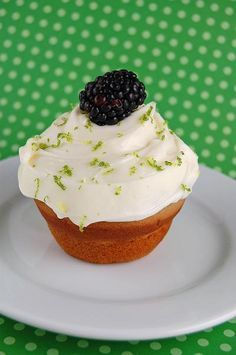 Culinary Concoctions by Peabody – What not to wear… Blackberry cupcakes with Key luime cream cheese frosting