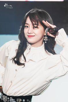 180427 Kpop Girl Groups, Kpop Girls, Virgo, Kim Sejeong, Jellyfish Entertainment, K Pop Star, Mixed Girls, Korean Singer, Korean Girl