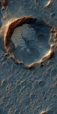The Acidalia Planitia region, Mars. Image via HiRISE.