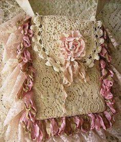 New Crochet Purse Vintage Lace Bag Ideas Shabby Chic Vintage, Shabby Chic Stil, Shabby Chic Crafts, Vintage Purses, Vintage Bags, Crochet Purses, Crochet Lace, Crochet Doilies, Lace Doilies