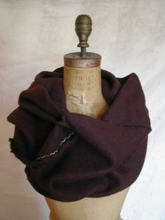 Totally Tubular: How to Sew a Cowl. http://www.craftstylish.com/item/32372/totally-tubular-how-to-sew-a-cowl