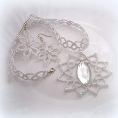 Beautiful tatted necklace!