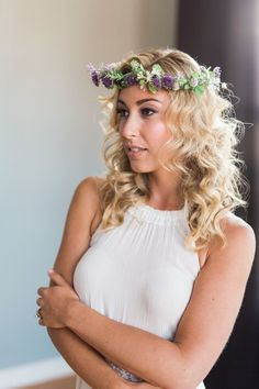When it comes to wedding hairstyles for medium length hair, the options are limitless. Photo: Loren Weddings; Hair: Jennifer Jade Hair & Makeup