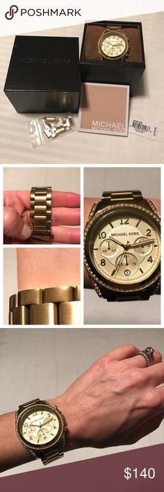 Michael Kors MK5166 Gold Watch Very good condition - minimal light scratches from normal wear🔹Probably only worn about 10 times🔹Comes with everything you see in the cover photo MICHAEL Michael Kors Accessories Watches