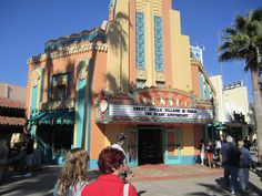My 3 Favorite Places For A Chocolate Treat At Walt Disney World http://www.wdwfanzone.com/2015/08/my-3-favorite-places-for-a-chocolate-treat-at-walt-disney-world/