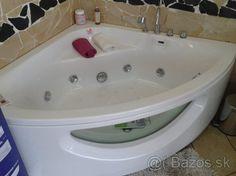 Ponúkam na predaj hzdromasážnú vaňu. Čisto nový nepoužívaný kus. Štandartná cena je 1700 €. Ponúkam ho za 700 € a pri rýchlom jednaní sa viem dohodnúť. Pri záujme mi napíšte mail sanita@azet.sk Corner Bathtub, Bathroom, Washroom, Full Bath, Bath, Bathrooms, Corner Tub