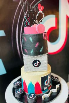 Check out this fab Tik Tok birthday party! The birthday cake is fantastic! See more party ideas and share yours at CatchMyParty.com #catchmyparty #partyideas #tiktok #tiktokparty #girlbirthdayparty #tiktokcake