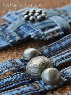 Bijoux Upcycled: Denim boucle de ceinture Manchettes par Vintage avec Lacets