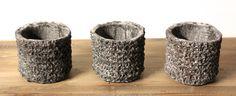 Deze waxinelichthouder cement is een grappig decoratie-item. Cementlook lijkt kil, maar niets is minder waar. De cement accessoires zijn een hit!