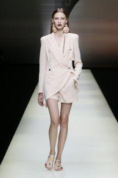 Emporio Armani Online Store - Fashion Show