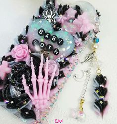 Baby Goth Decoden Phone Case, Made to Order! phone accessories Made to Order Spooky Deco Case Kawaii Phone Case, Decoden Phone Case, Diy Phone Case, Cute Phone Cases, Pastel Goth Outfits, Pastel Goth Fashion, Kawaii Diy, Kawaii Goth, Goth Accessories