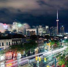 Downtown Toronto at night from Spadina Hotel Rewards, Cloud City, North York, Downtown Toronto, Quebec City, Toronto Canada, Canada Travel, City Lights, Cn Tower