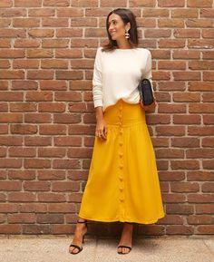 Fashion Tips Outfits .Fashion Tips Outfits Work Fashion, Modest Fashion, Fashion Advice, Fashion Dresses, Fashion Hacks, Style Fashion, Casual Chic Outfits, White Outfits, Cool Outfits