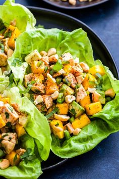 Mango, Avocado, Chicken Lettuce Wraps will be your favorite, low-carb dinner to make this summer! Full of protein, healthy fats and a little sweetness from the mango. It's perfect for lunch or an easy dinner. # Food and Drink healthy lettuce wraps Healthy Wraps, Healthy Salads, Healthy Recipes, Healthy Sides, Delicious Recipes, Clean Eating Snacks, Healthy Eating, Salat Wraps, Turkey Lettuce Wraps